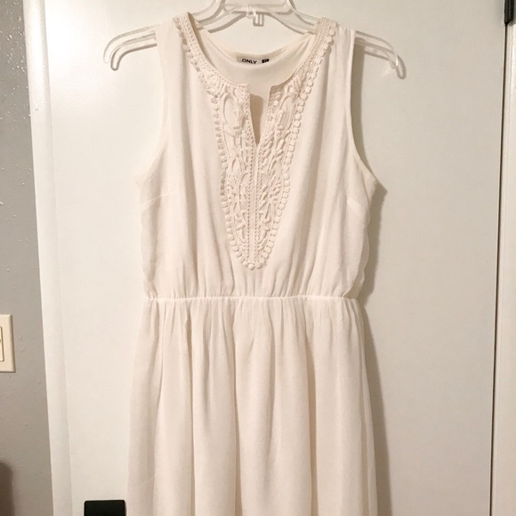 Only Dresses & Skirts - Off-white dress with lace detail